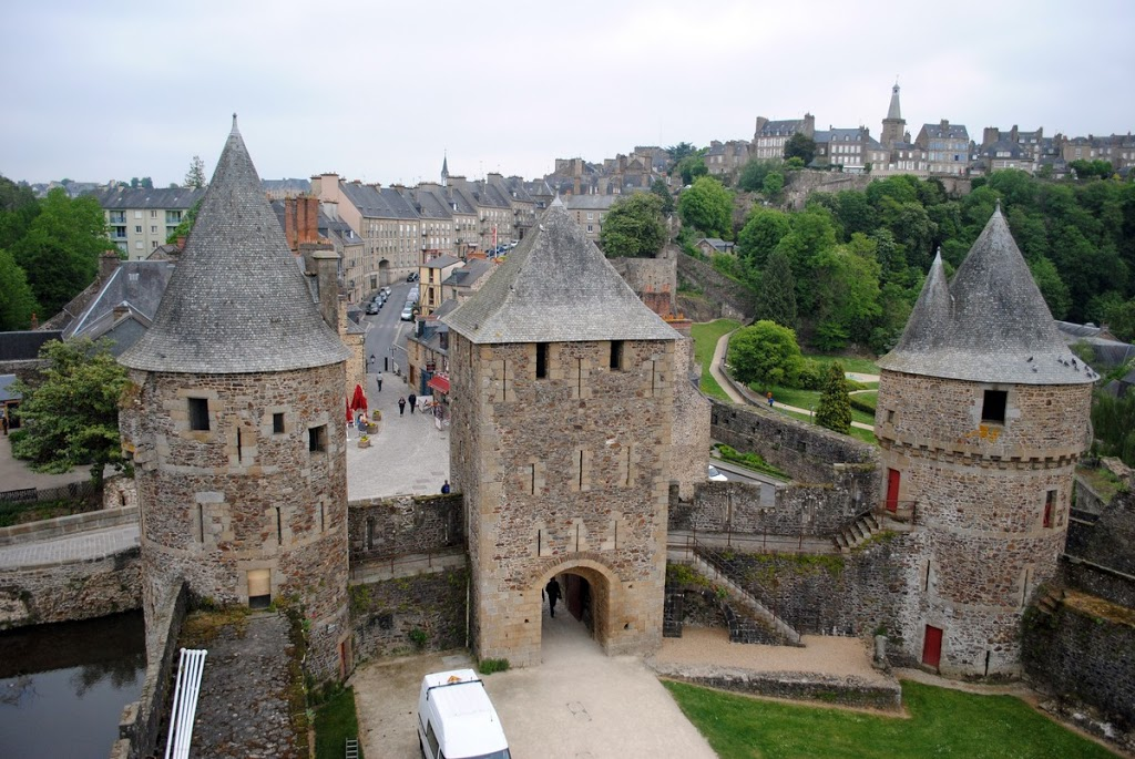 Fougeres-13