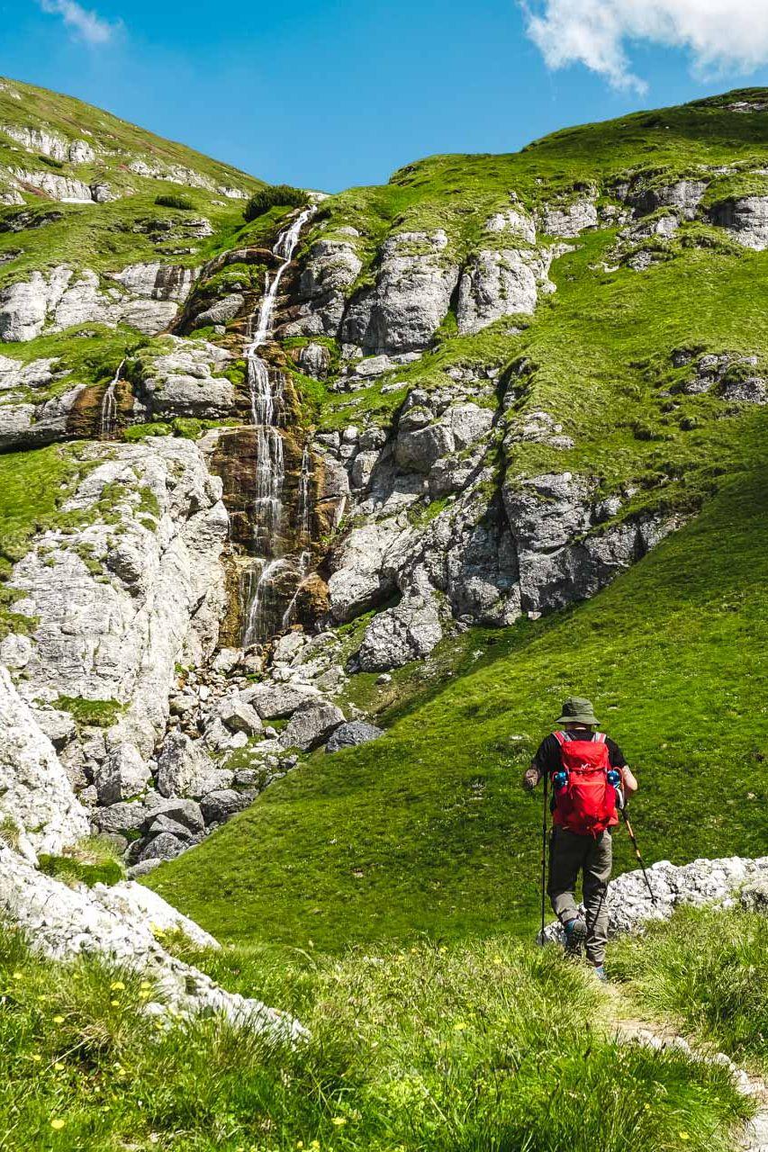 Cascada Obarsia Ialomitei, Muntii Bucegi